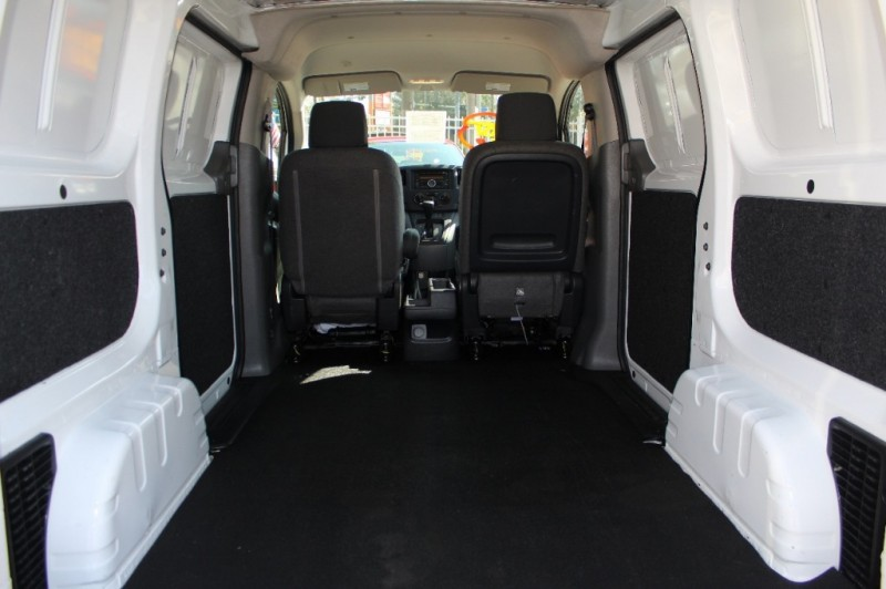 Nissan NV200 Compact Cargo 2017 price Call