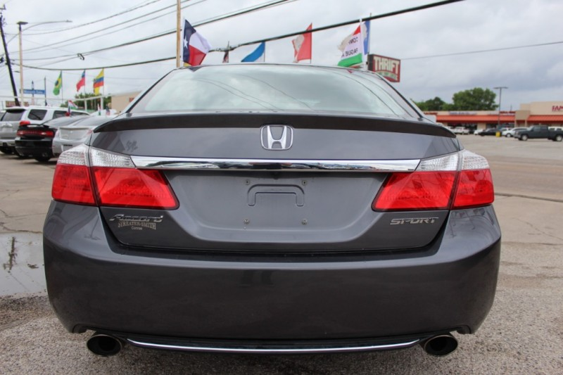Honda Accord Sdn 2013 price Call