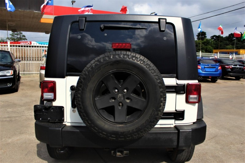 Jeep Wrangler 2010 price Call