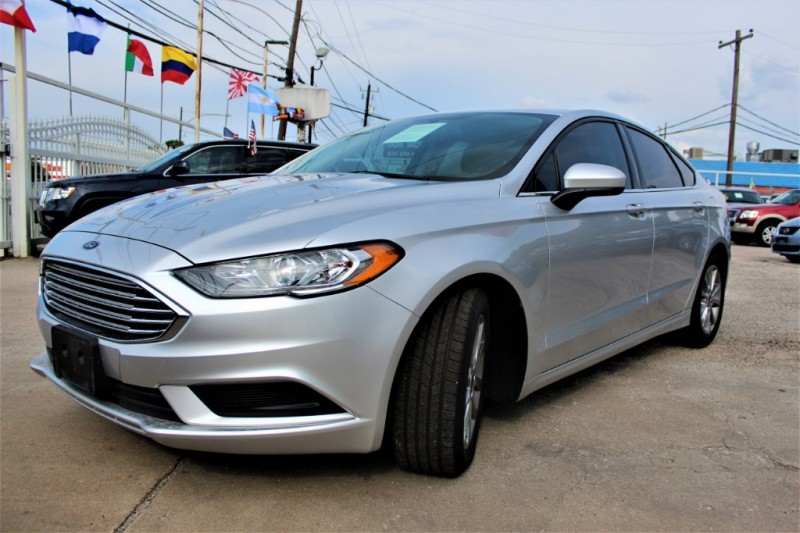 Ford Fusion 2017 price Call