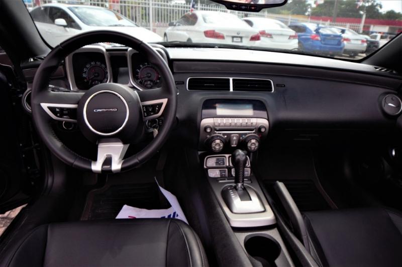 Chevrolet Camaro 2011 price Call