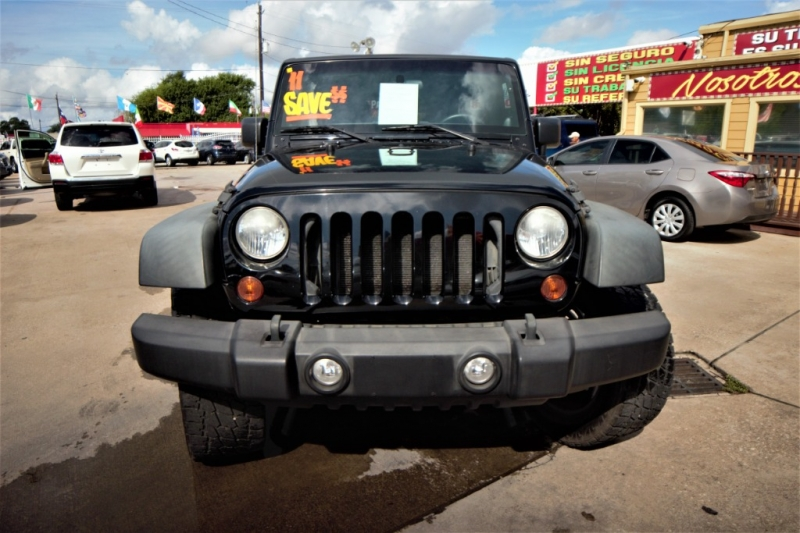 Jeep Wrangler Unlimited 2011 price Call