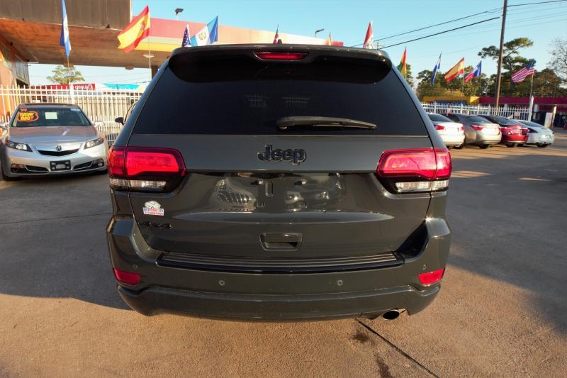 Jeep Grand Cherokee 2017 price Call
