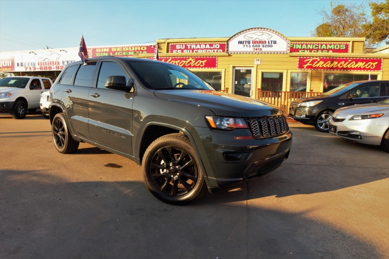Jeep Grand Cherokee 2017 price Call