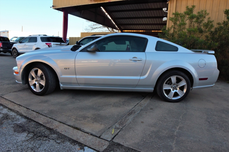 Ford Mustang 2006 price Call