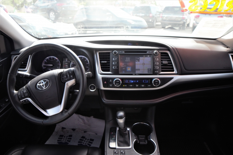 Toyota Highlander 2014 price Call