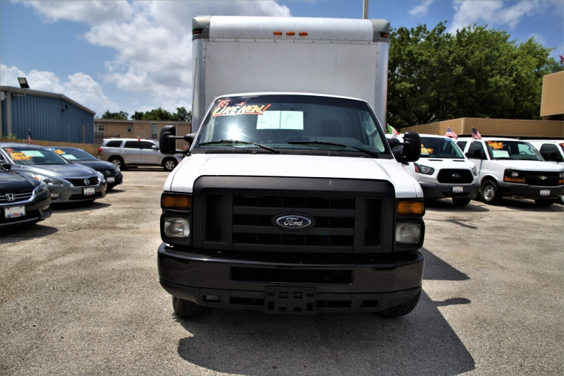Ford Econoline Commercial Cutaway 2015 price Call