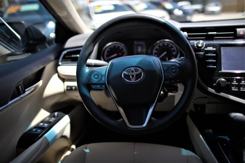 Toyota Camry 2018 price Call