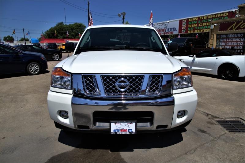 Nissan Titan 2015 price Call