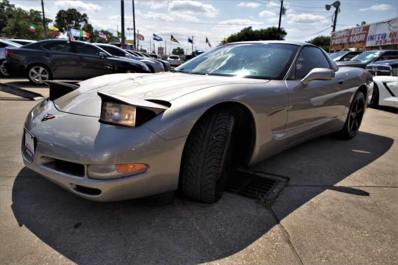 Chevrolet Corvette 2001 price Call