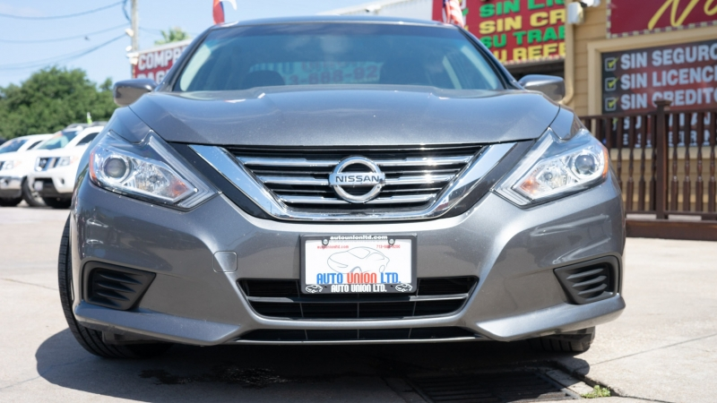 Nissan Altima 2018 price CALL