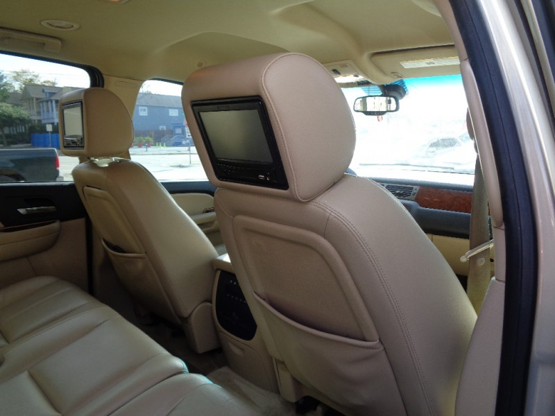 Chevrolet Suburban 2008 price $6,495
