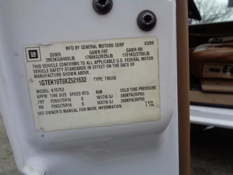 GMC New Sierra 1500 1999 price $3,495