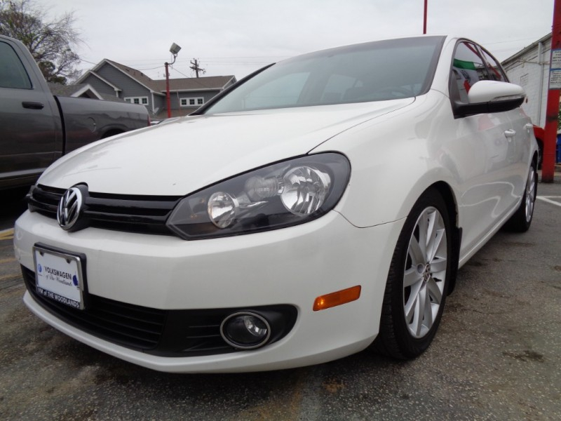 Volkswagen Golf 2011 price $6,995