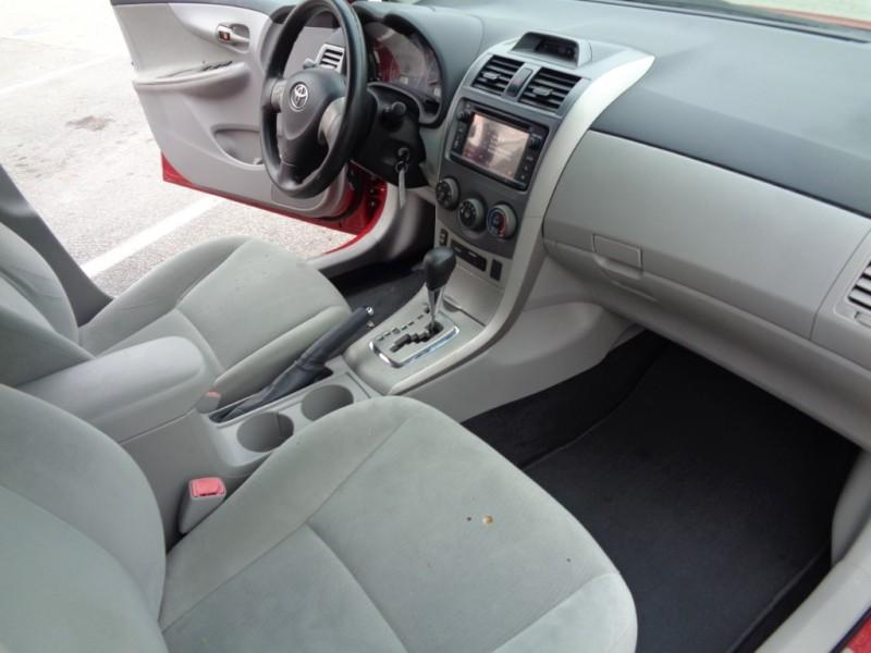 2013 Toyota Corolla 4dr Sdn Man L