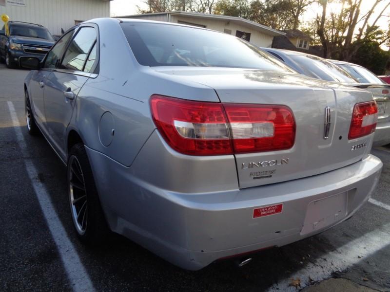 Lincoln Zephyr 2006 price $2,995