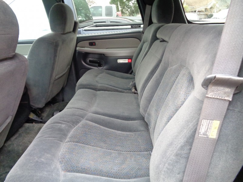 Chevrolet Tahoe 2002 price $2,995