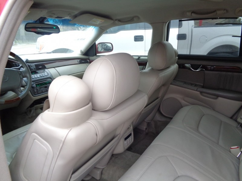 Cadillac DeVille 2004 price $3,295