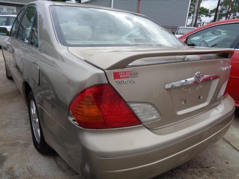 Toyota Avalon 2001 price $1,995