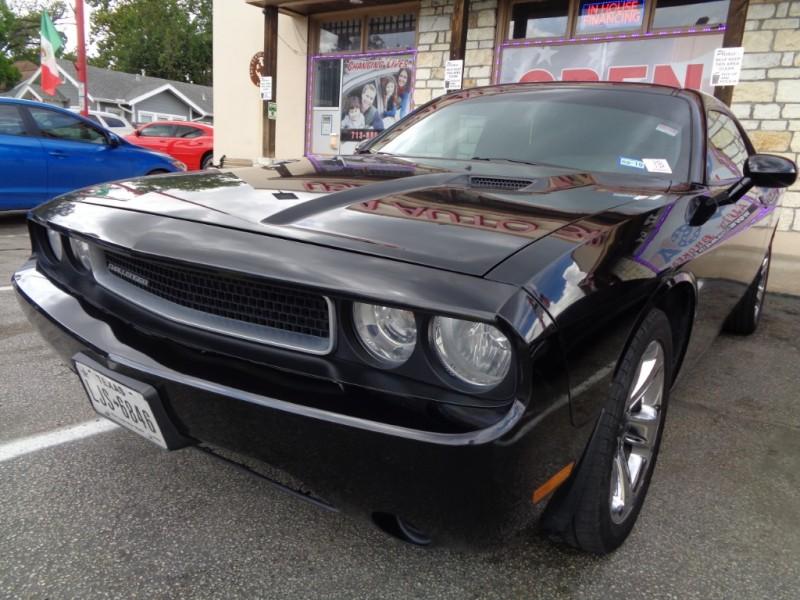 Dodge Challenger 2014 price $10,995