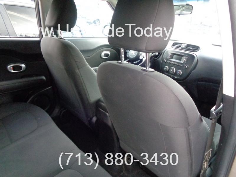Kia Soul 2015 price $7,995