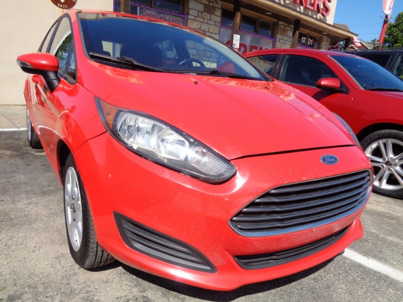 Ford Fiesta 2015 price $5,495