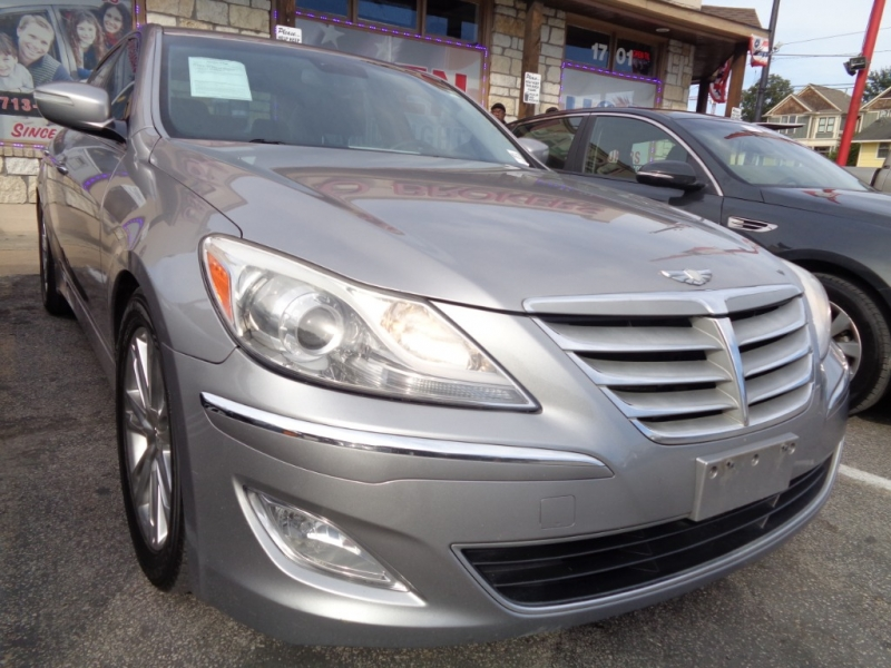 Hyundai Genesis 2013 price $7,495