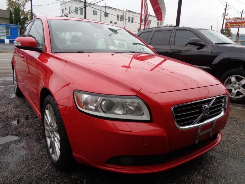 Volvo S40 2009 price $4,695