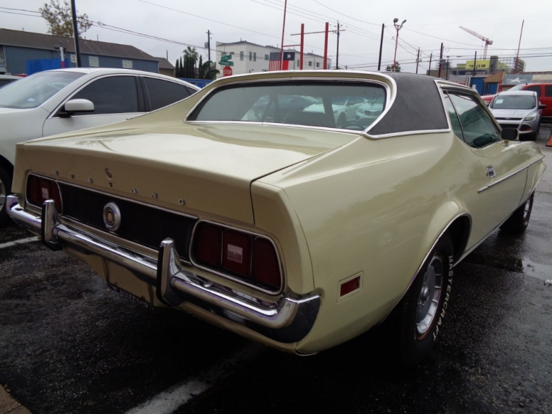 Ford Mustang 1971 price $11,495