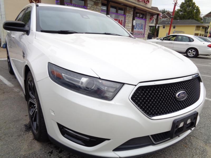 Ford Taurus 2013 price $14,995