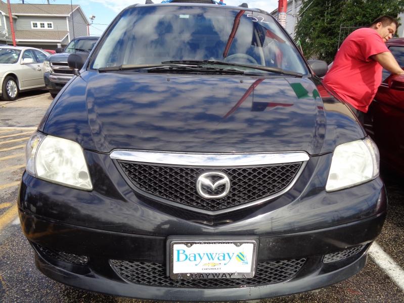 Mazda MPV Wagon 2002 price $2,995