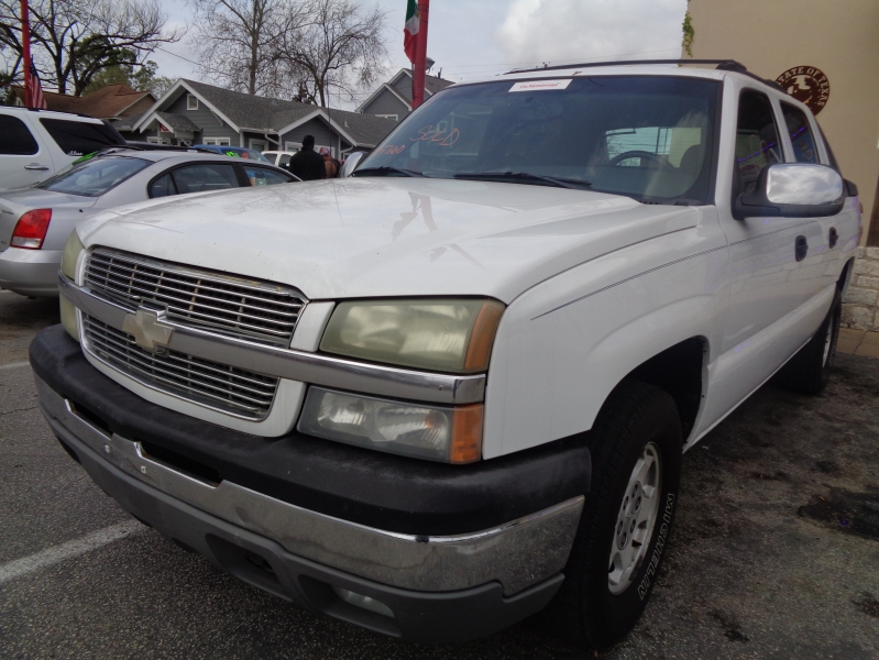 Chevrolet Avalanche 2004 price $4,495