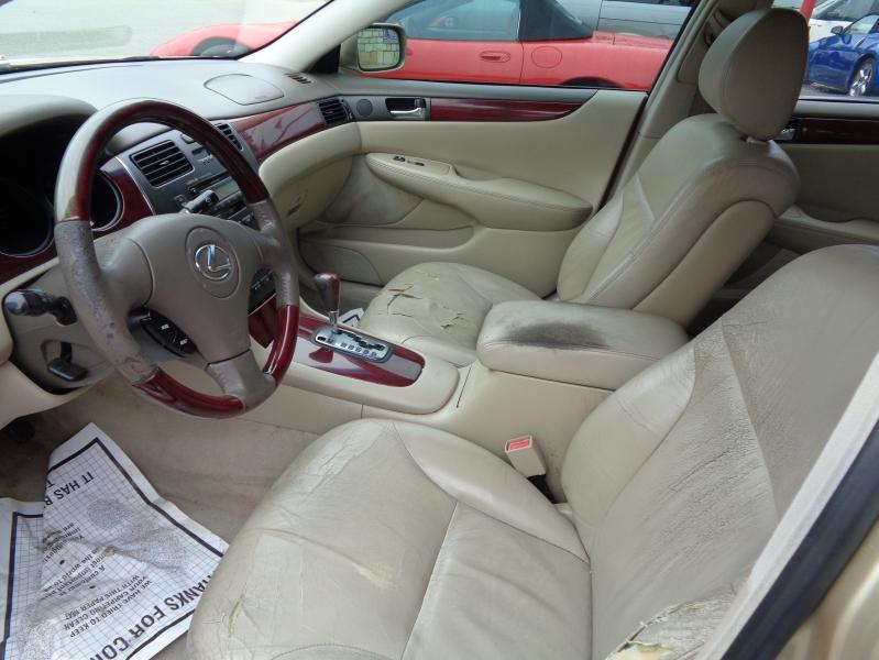 Lexus ES 300 2003 price $3,495