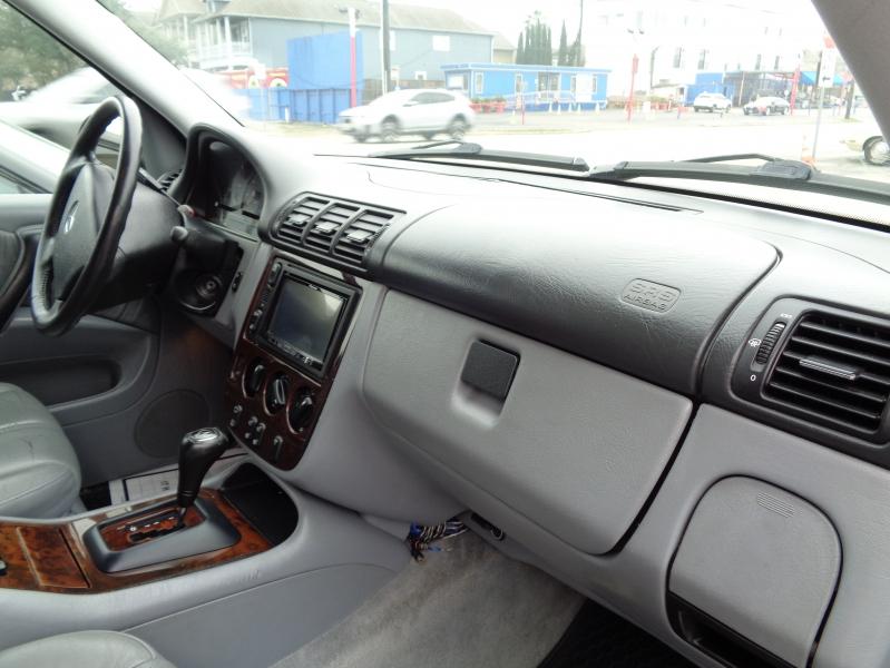 Mercedes-Benz M-Class 2001 price $3,495
