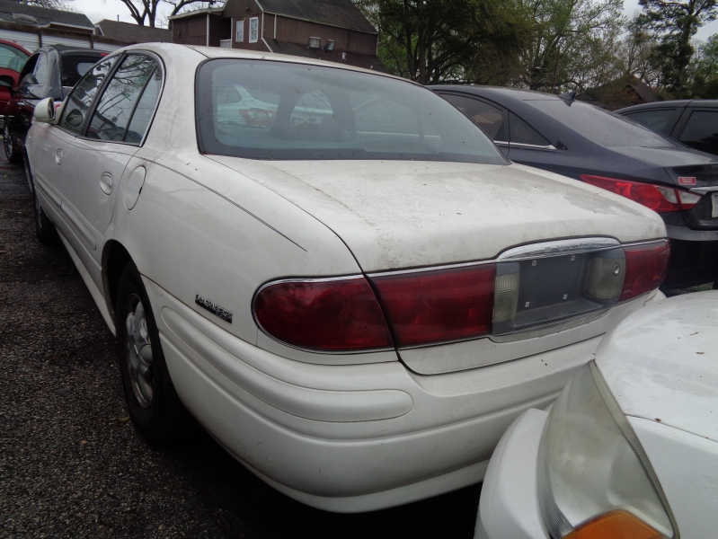 Buick LeSabre 2001 price $1,995