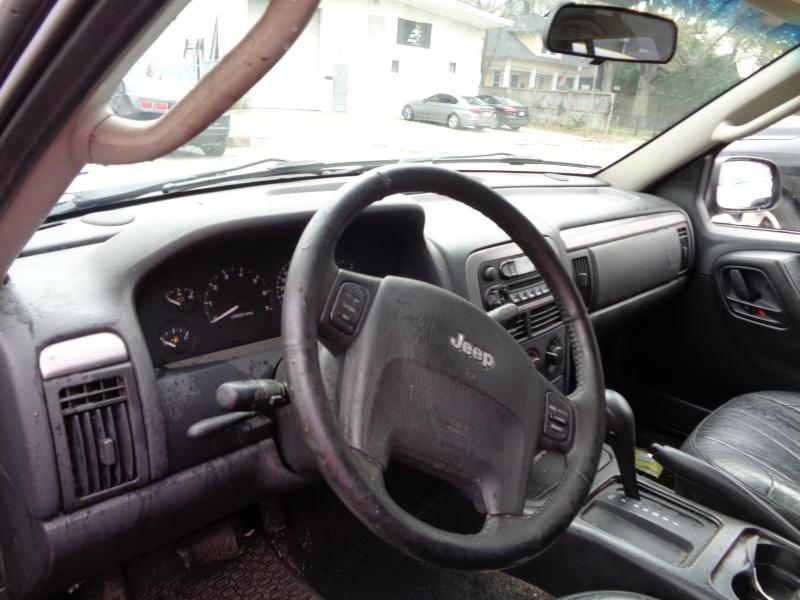 Jeep Grand Cherokee 2004 price $3,495