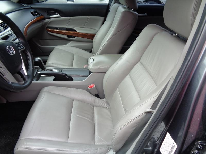 Honda Accord Sdn 2012 price $6,795