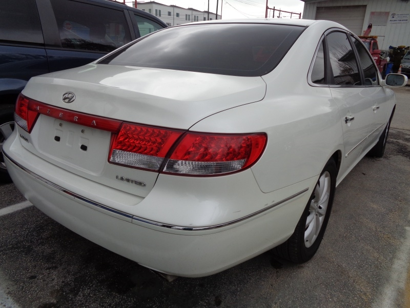 Hyundai Azera 2006 price $3,995