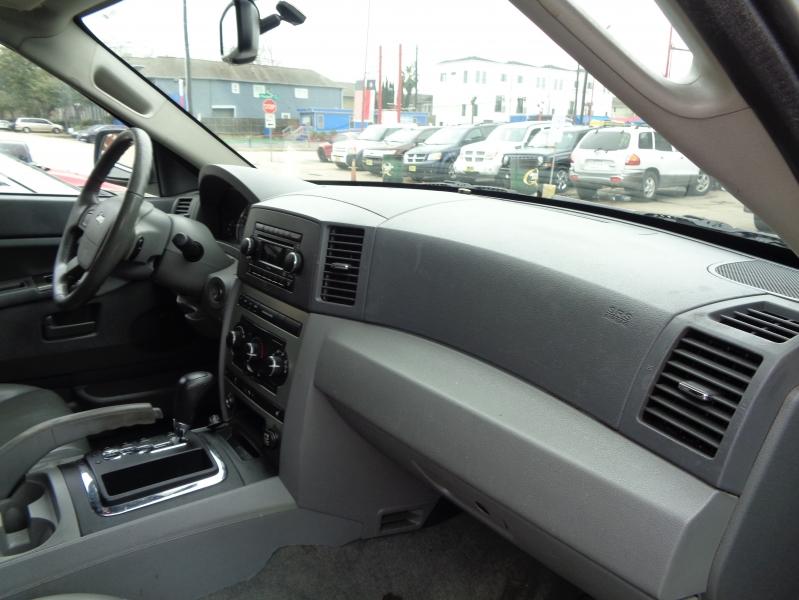Jeep Grand Cherokee 2007 price $6,495