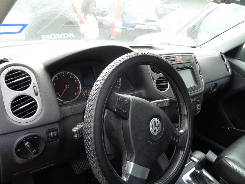 Volkswagen Tiguan 2009 price $5,495