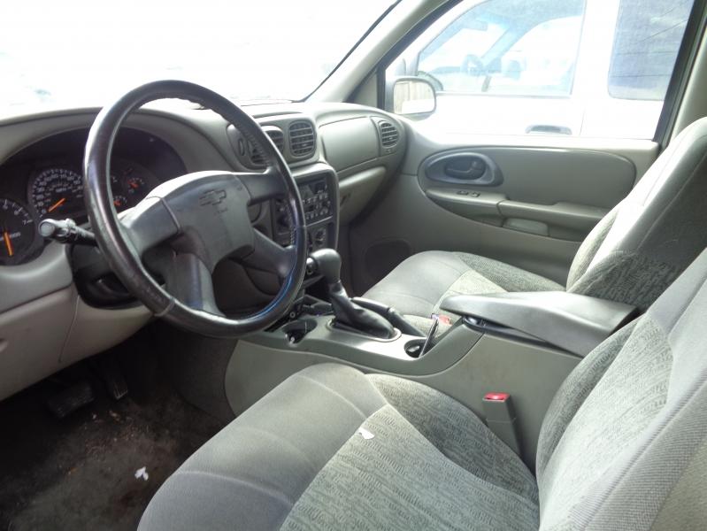 Chevrolet TrailBlazer 2003 price $1,695