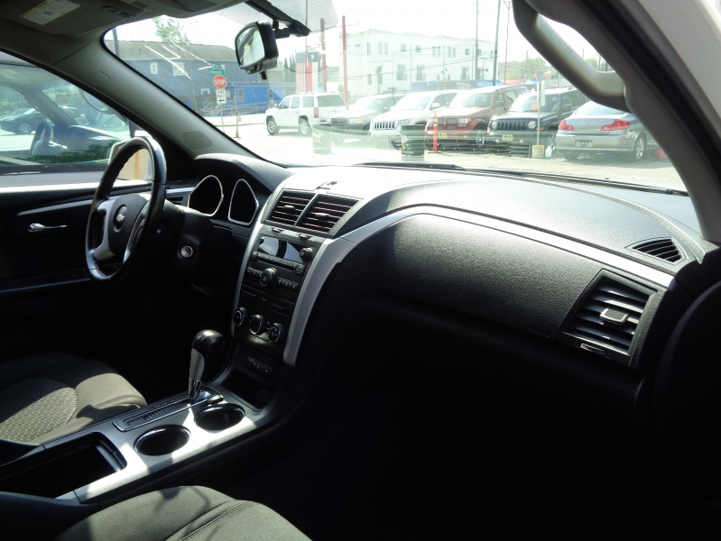 Chevrolet Traverse 2010 price $4,495