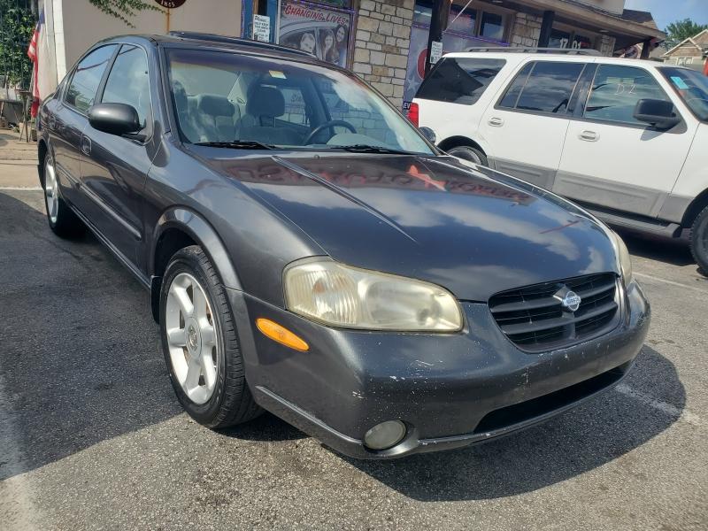Nissan Maxima 2000 price $2,995