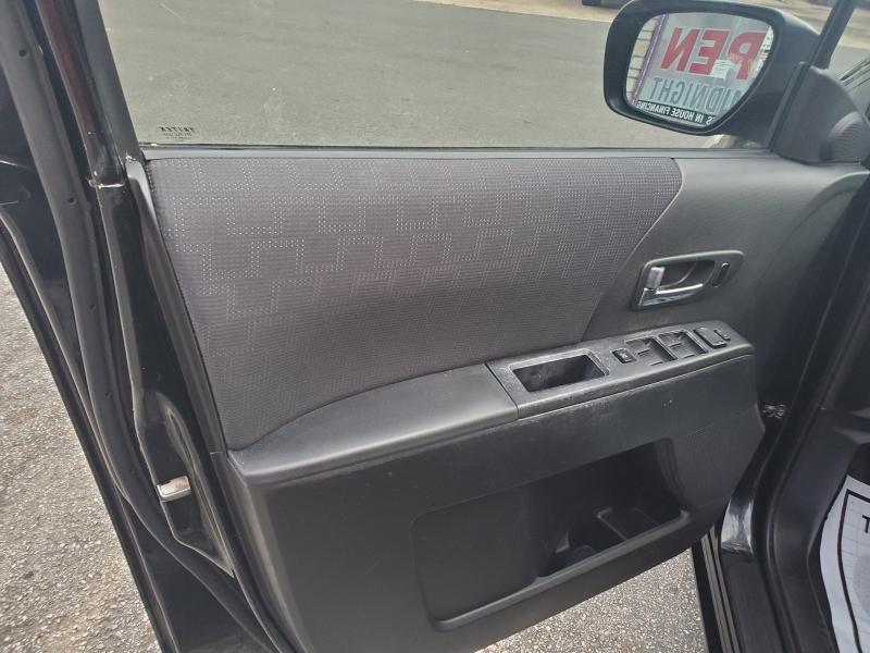 Mazda Mazda5 2010 price $3,495