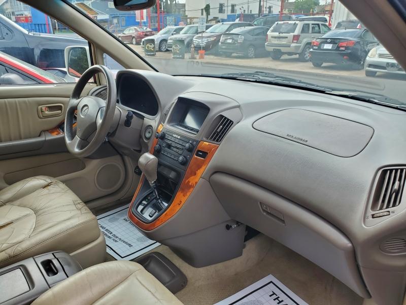 Lexus RX 300 2000 price $4,495