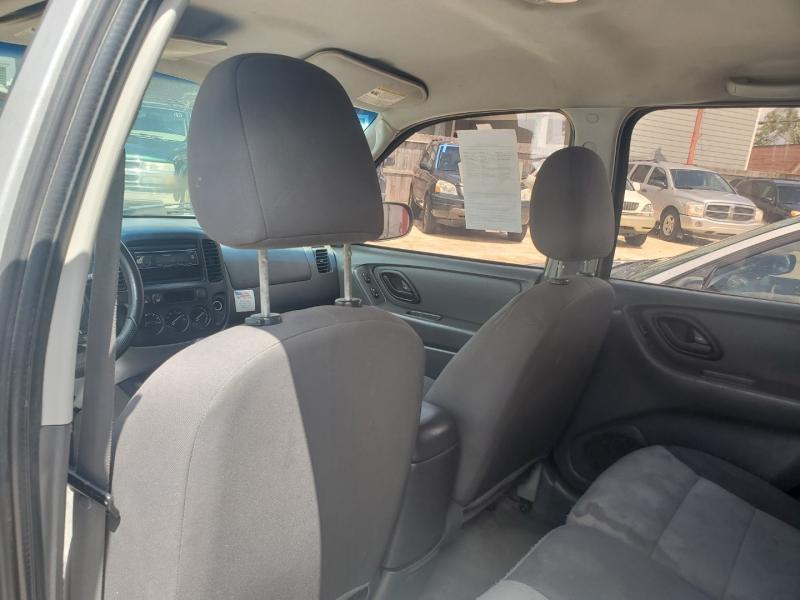 Ford Escape 2005 price $2,495