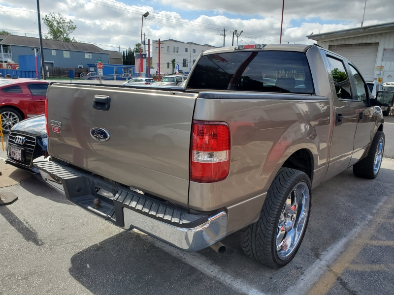Ford F-150 2005 price $4,495 Cash
