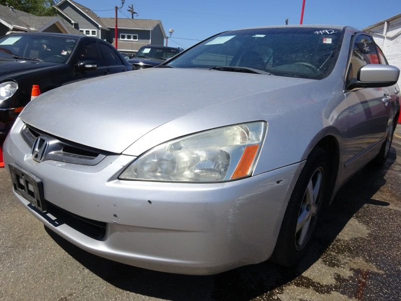Honda Accord Sdn 2005 price $2,495
