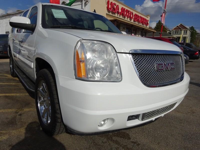 GMC Yukon XL Denali 2008 price $7,495