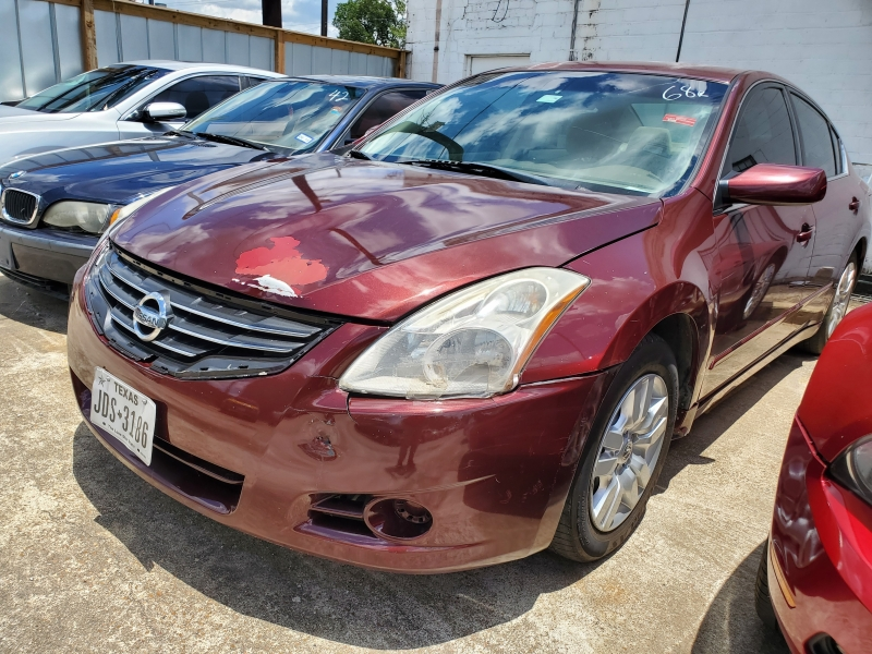 Nissan Altima 2011 price $3,495